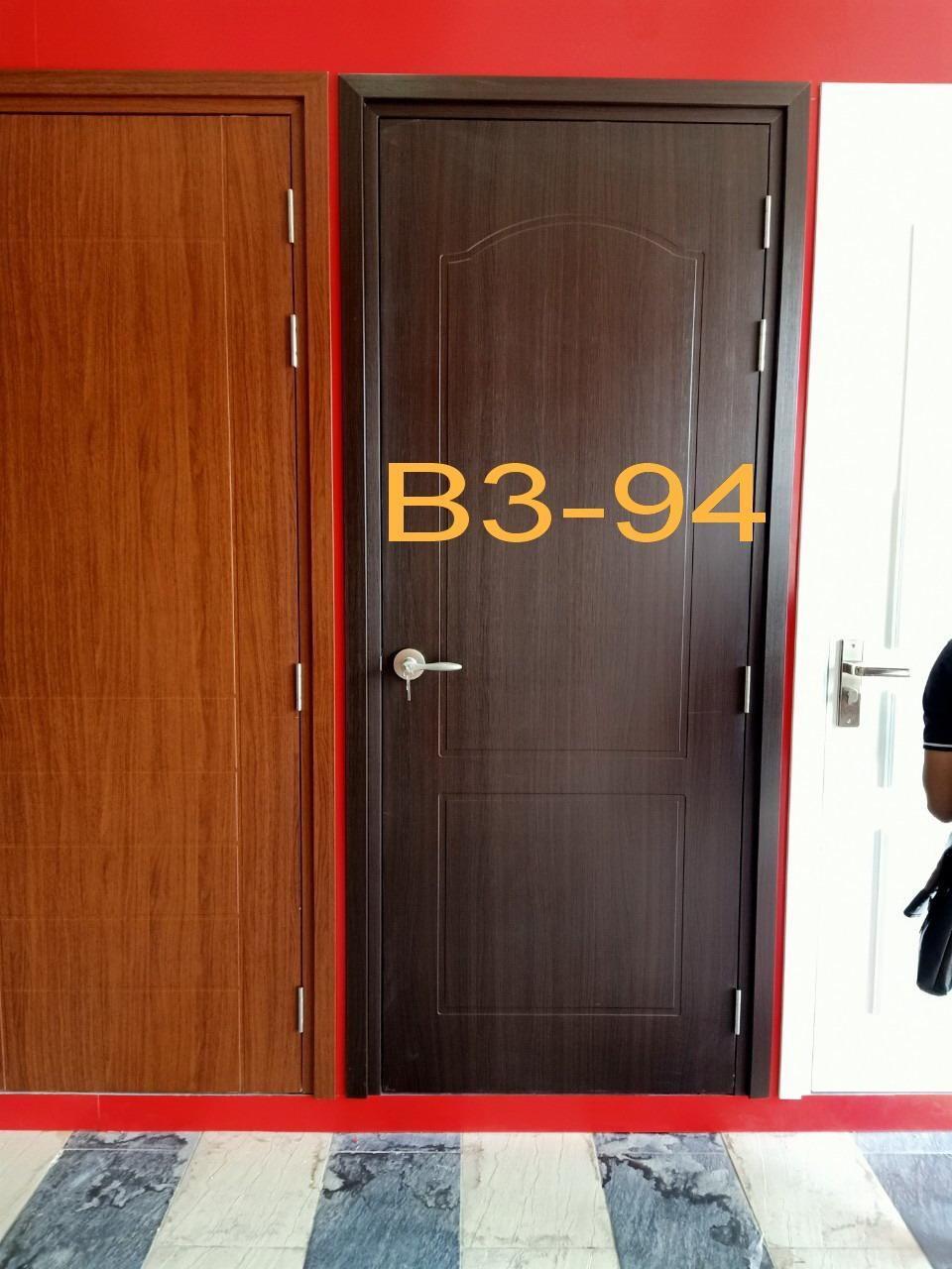 Chọn cửa phòng ngủ: nhựa composite hay cửa gỗ MDF Melamine