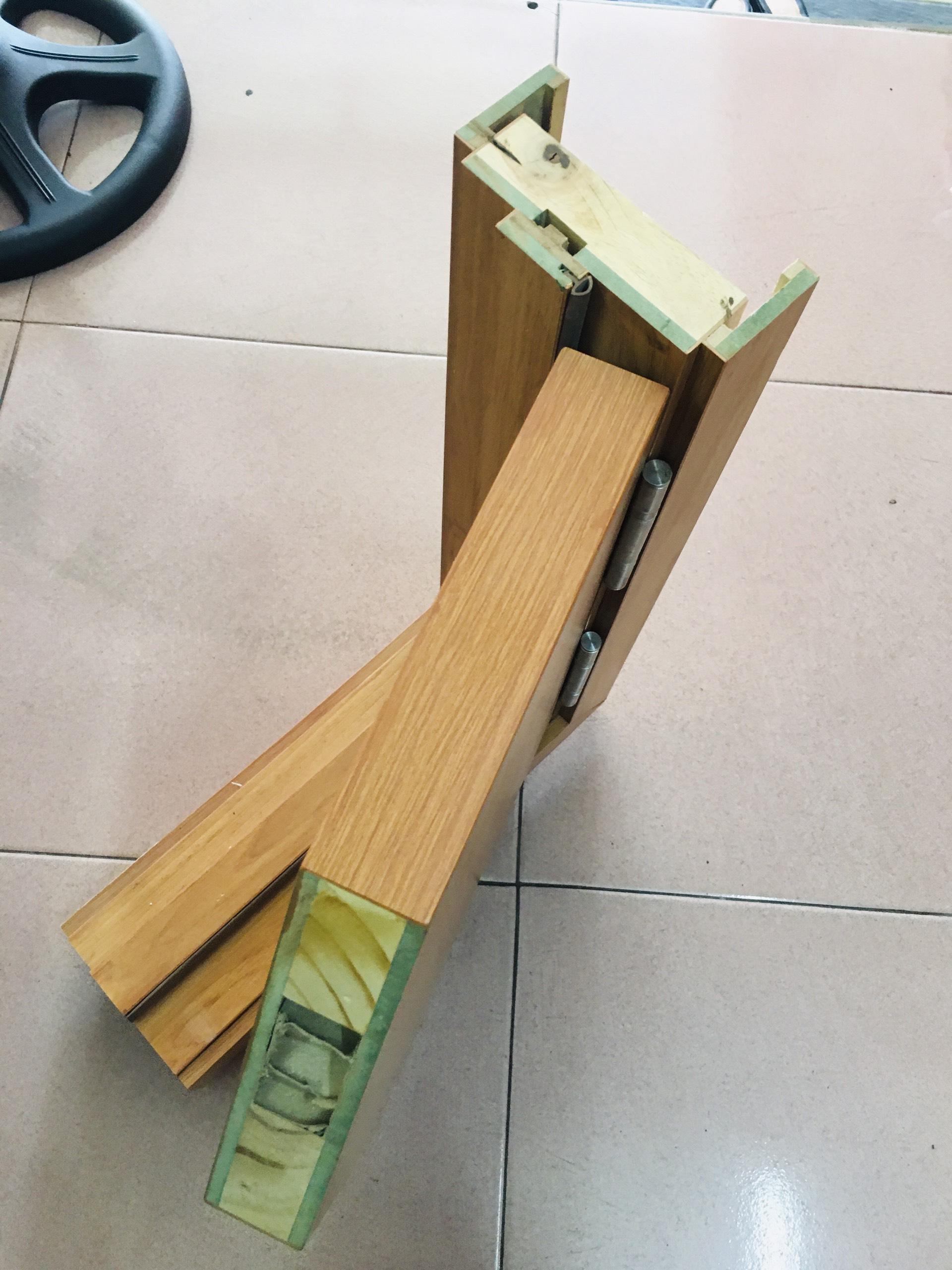 Mặt cắt của cửa gỗ công nghiệp MDF Melamine lõi xanh chống ẩm.