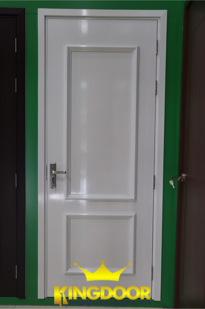 Cửa nhựa Composite sơn PU trắng chạy chỉ nổi tân cổ điển.