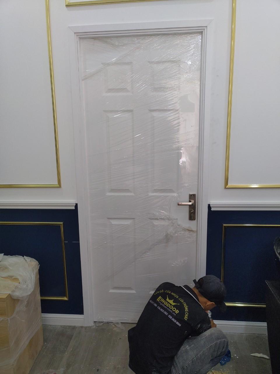 Mẫu cửa gỗ công nghiệp HDF sơn